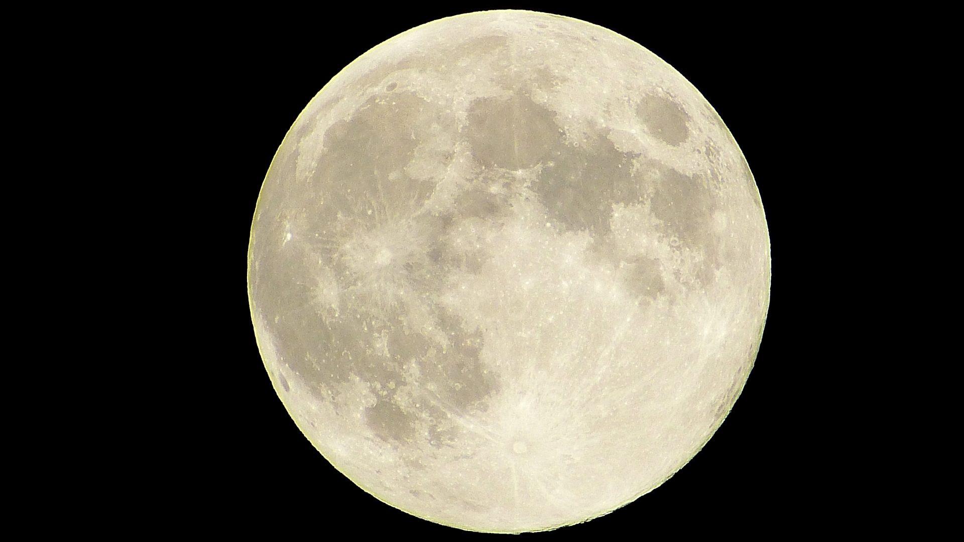 【満月/バクムーン】2021年7月の満月は7月24日(土) さいたま新都心では見られる?