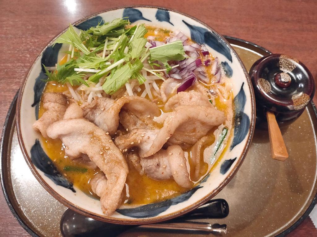三宝亭 与野本町店 肉盛り味噌ラーメン